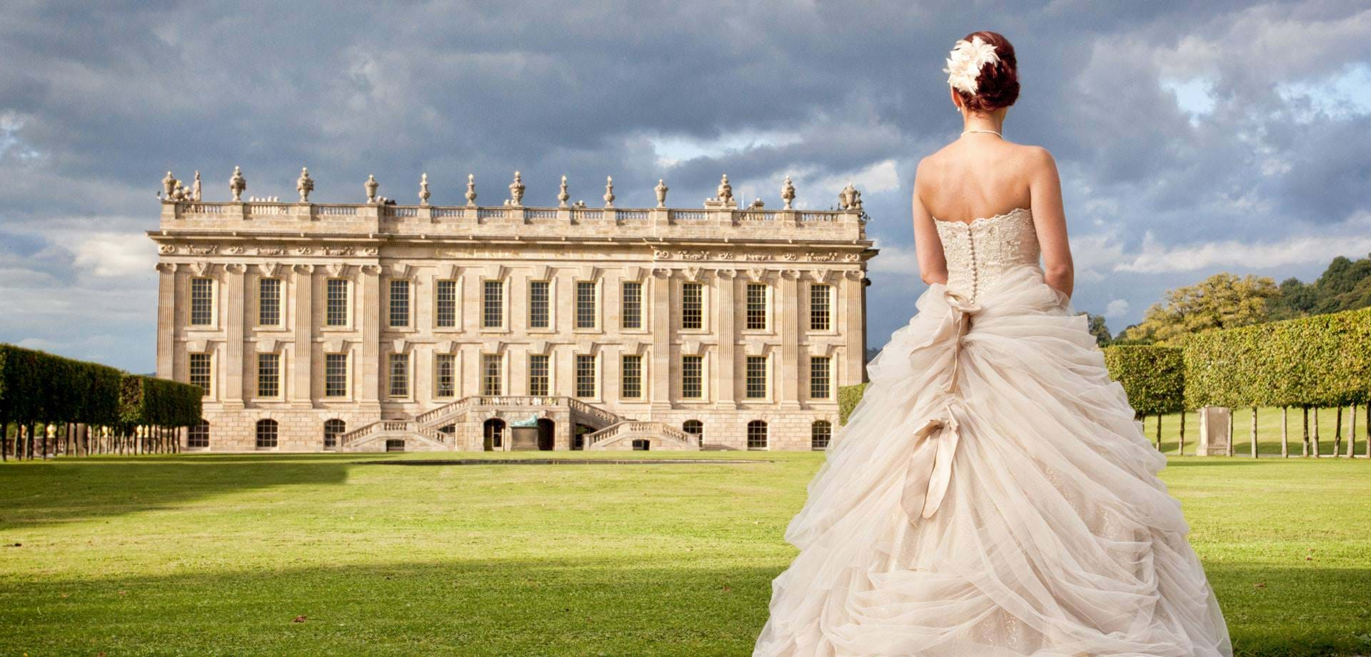 Weddings at Chatsworth in the heart of Derbyshire and the Peak District. Image: Venus Wedding Photography